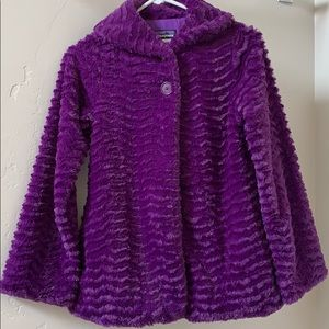Patagonia fuzzy girls jacket